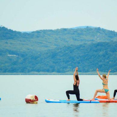 Szabadon a szabadban – Egyre népszerűbbek a vízi sportok a Balaton-parton